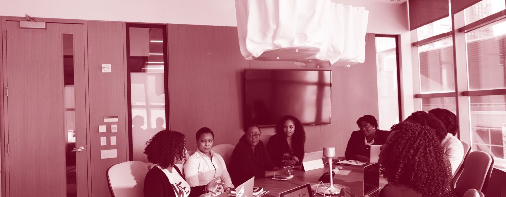 company-conference-conference-room-1181435-duotono